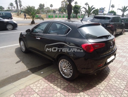 alfa romeo giulietta 2 0 jtdm 2015 diesel 173035 occasion casablanca maroc. Black Bedroom Furniture Sets. Home Design Ideas