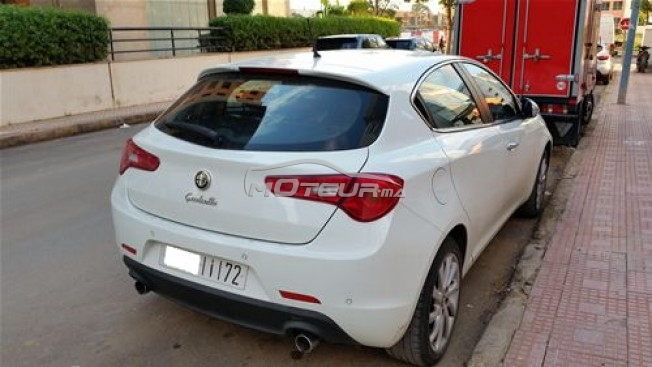 alfa romeo giulietta 2 0 jtdm 2012 diesel 169993 occasion casablanca maroc. Black Bedroom Furniture Sets. Home Design Ideas