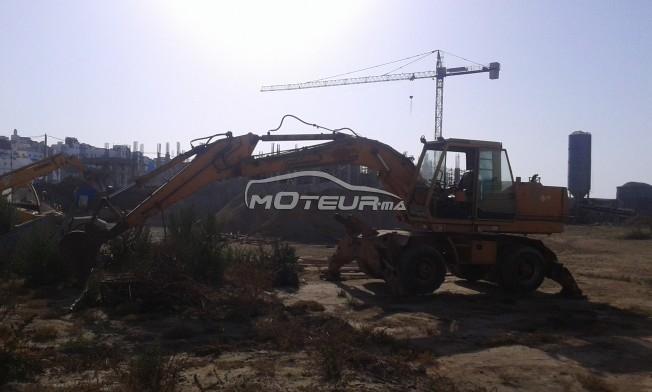 شاحنة في المغرب CASE-POCLAIN 888b - 162667