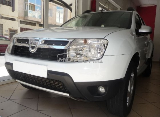 dacia duster laur ate 1 5 dci 2013 diesel 167599 occasion fes maroc. Black Bedroom Furniture Sets. Home Design Ideas