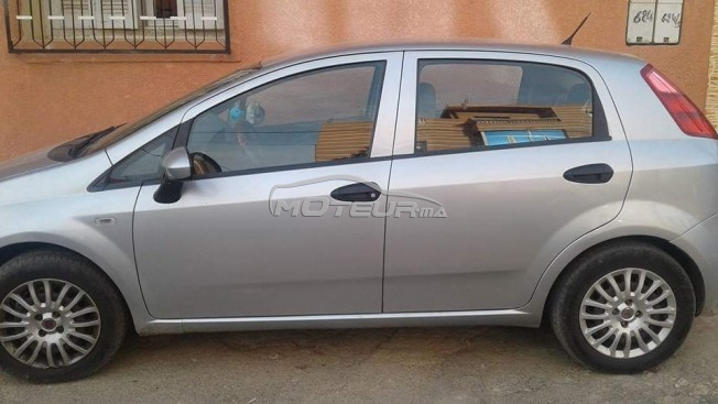 fiat grande punto 2010 essence 165414 occasion khouribga maroc. Black Bedroom Furniture Sets. Home Design Ideas