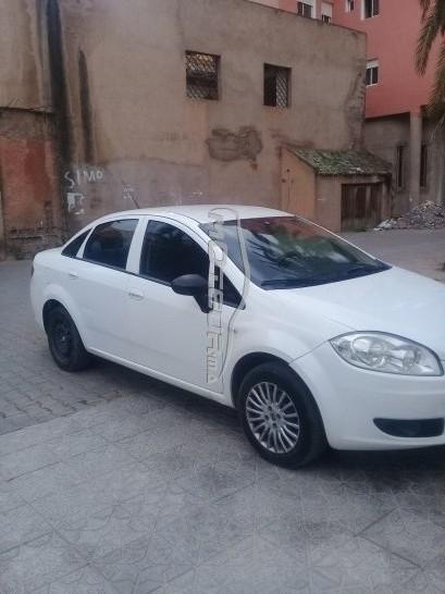 Voiture au Maroc FIAT Linea - 213425