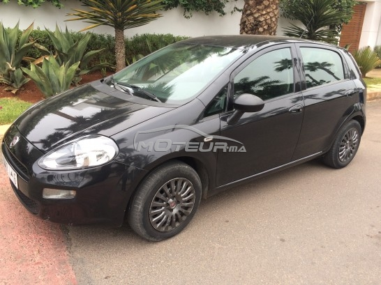 fiat grande punto 2015 diesel 182377 occasion casablanca maroc. Black Bedroom Furniture Sets. Home Design Ideas