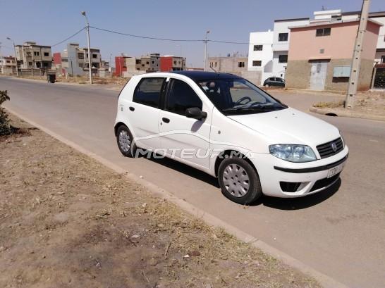 Voiture Fiat Punto 2011 à khouribga  Diesel  - 5 chevaux