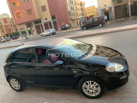 Voiture Fiat Punto 2015 à mohammedia  Diesel  - 5 chevaux