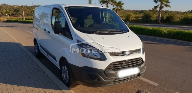 FORD Transit Custom fourgon مستعملة