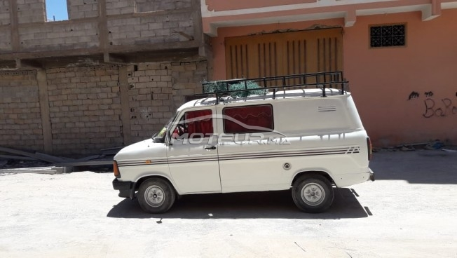 Voiture Ford Transit 1983 à tiznit  Diesel  - 8 chevaux