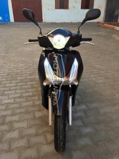 دراجة نارية في المغرب HONDA Sh 125 - 247934