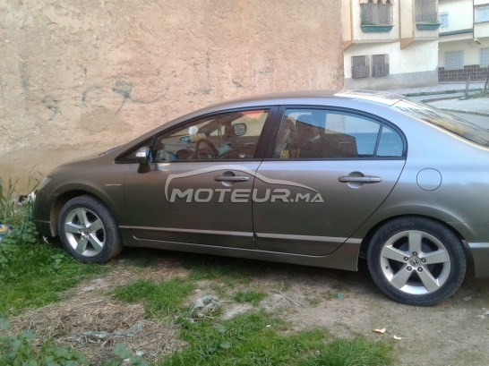 HONDA Civic 1.8ivtc مستعملة