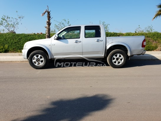 ISUZU D-max Pick up double cabine 4x4 مستعملة