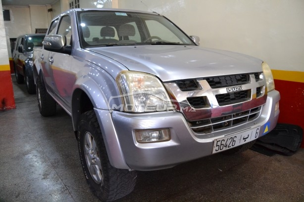 ISUZU Xmax Pick up 4x4 مستعملة
