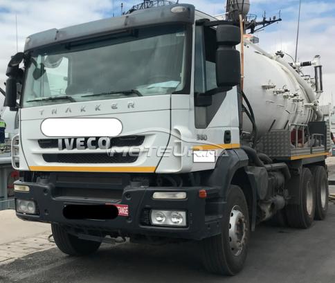 Camion au Maroc IVECOEuro trakker - 226825