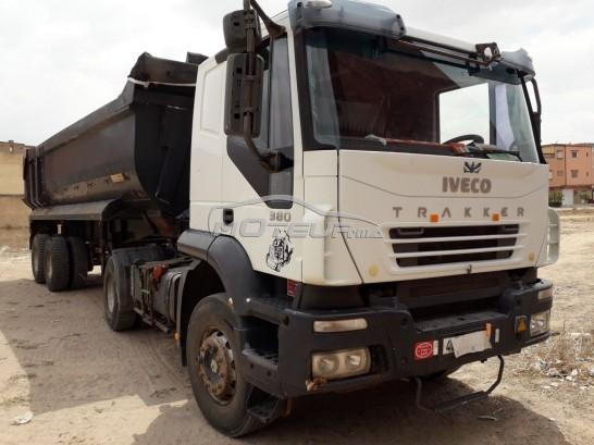شاحنة في المغرب IVECO Trakker 380 - 219652