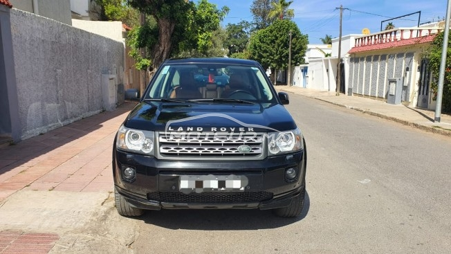 Voiture Land rover Discovery 2012 à mohammedia  Diesel  - 8 chevaux