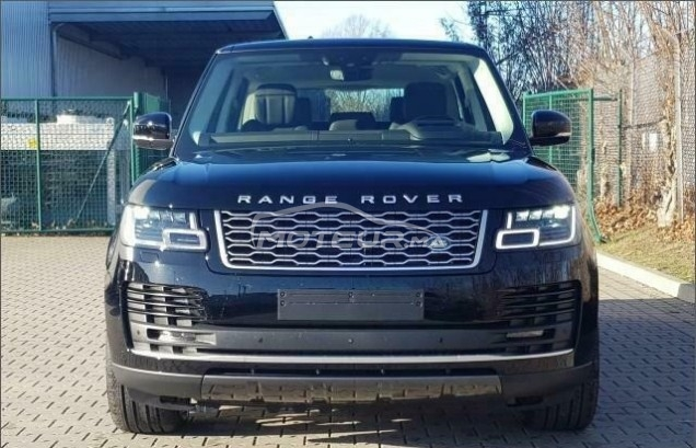 LAND-ROVER Range rover vogue 3.0 sdv6 مستعملة