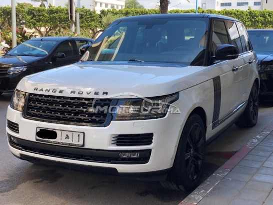 LAND-ROVER Range rover vogue Black pack مستعملة