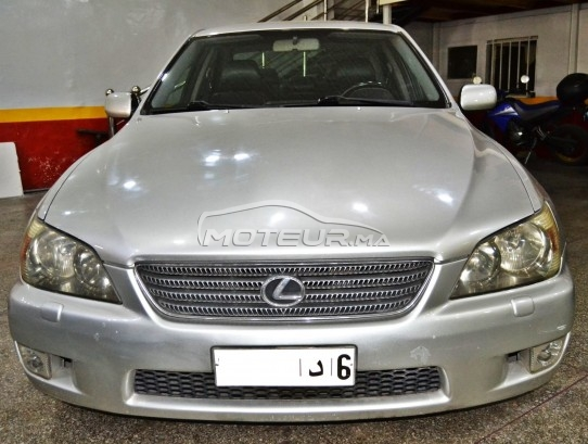 LEXUS Is 200 v6 occasion