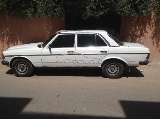 سيارة في المغرب MERCEDES 200 - 173052