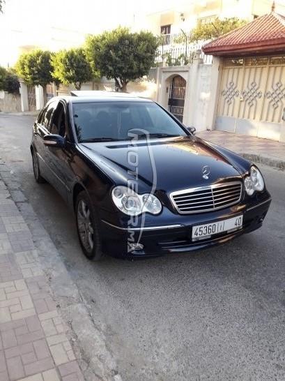 Voiture au Maroc 220 cdi - 240606
