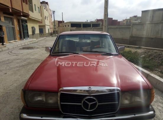 Voiture au Maroc MERCEDES 240 - 260140