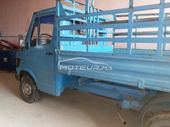 Camion au Maroc MERCEDES308d - 324011