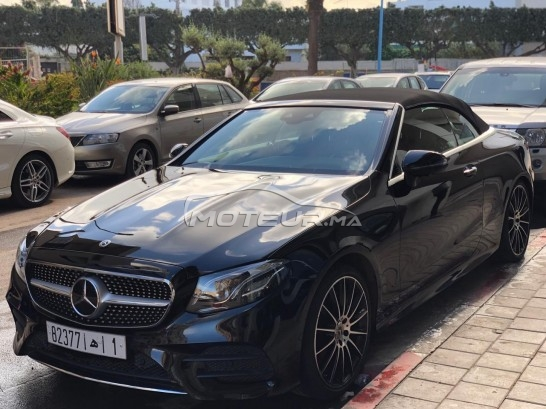 MERCEDES Classe e coupe Cabriolet 220d مستعملة