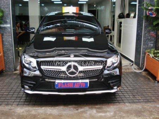 MERCEDES Glc 250 pack amg مستعملة