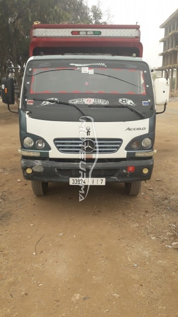 Camion au Maroc MERCEDESAccelo - 292000