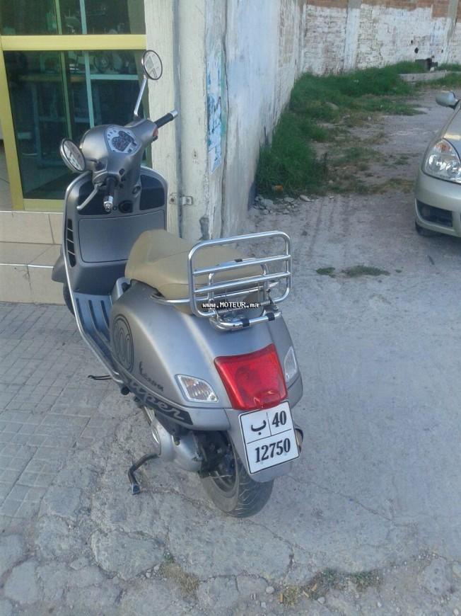 Moto au Maroc VESPA Gts 300 - 133593