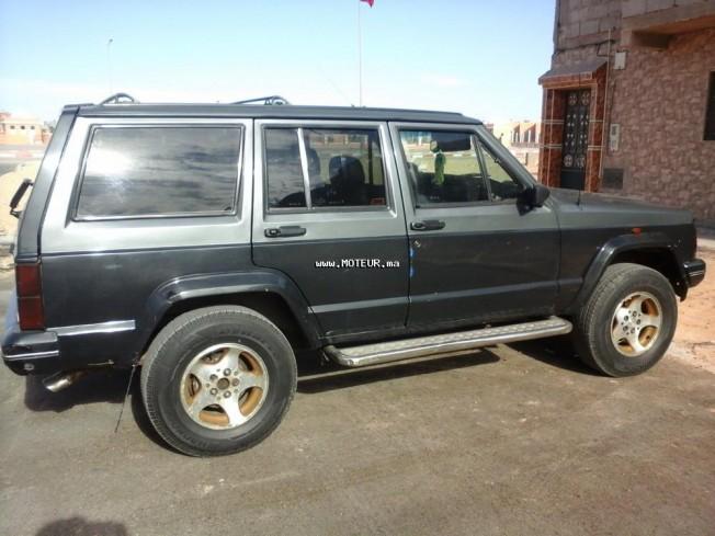 jeep cherokee 1990 diesel 92728 occasion laayoune maroc. Black Bedroom Furniture Sets. Home Design Ideas