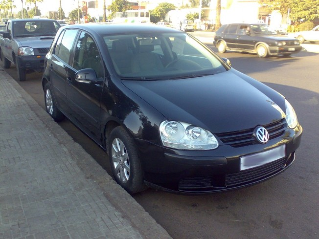 volkswagen golf 5 1 6 2006 essence 10040 occasion casablanca maroc. Black Bedroom Furniture Sets. Home Design Ideas