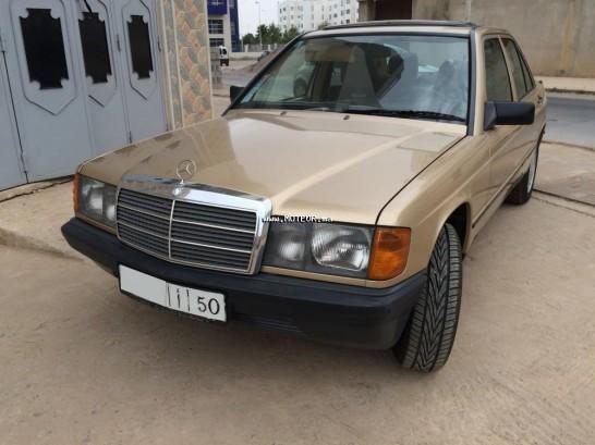 mercedes 190 2 5 1987 diesel 109025 occasion nador maroc. Black Bedroom Furniture Sets. Home Design Ideas