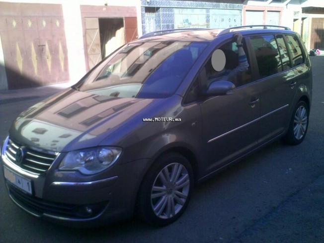 volkswagen touran 2009 diesel 85496 occasion casablanca maroc. Black Bedroom Furniture Sets. Home Design Ideas