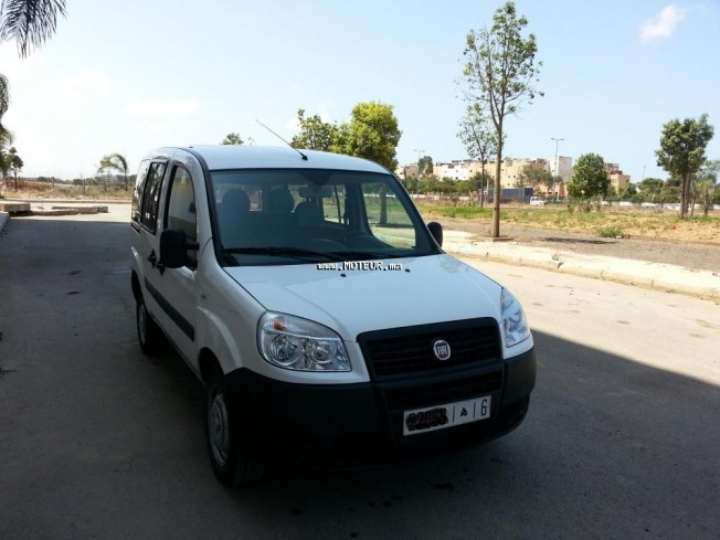 fiat doblo 2014 diesel 70474 occasion casablanca maroc. Black Bedroom Furniture Sets. Home Design Ideas