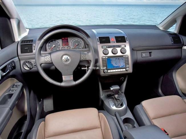 volkswagen touran occasion diesel automatique maroc annonces voitures. Black Bedroom Furniture Sets. Home Design Ideas