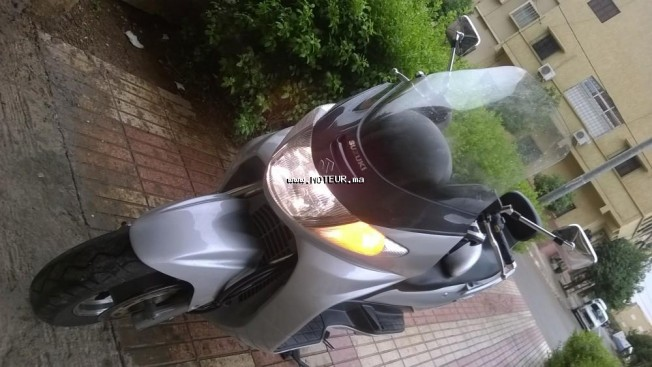 Moto au Maroc SUZUKI An 400 burgman - 132917