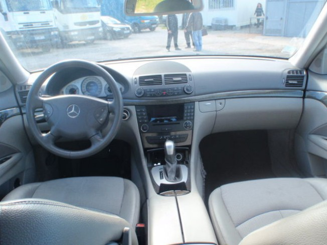 mercedes classe e 320 cdi 2006 diesel 11361 occasion casablanca maroc. Black Bedroom Furniture Sets. Home Design Ideas
