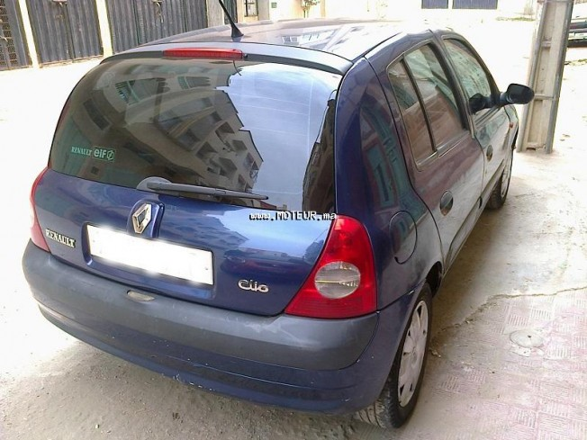 renault clio 1 2 injection 2002 essence 48745 occasion casablanca maroc. Black Bedroom Furniture Sets. Home Design Ideas
