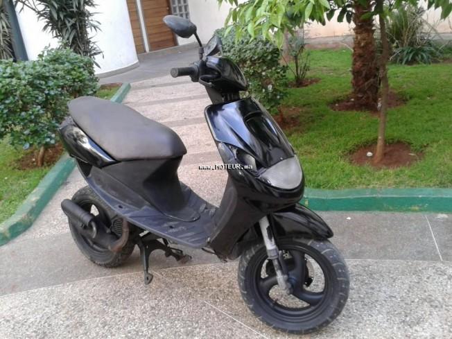 moto peugeot vivacity 50 sportlin au maroc occasion. Black Bedroom Furniture Sets. Home Design Ideas