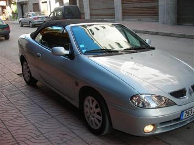 renault megane 1 6 2002 cabriolet essence occasion 281 casablanca maroc. Black Bedroom Furniture Sets. Home Design Ideas