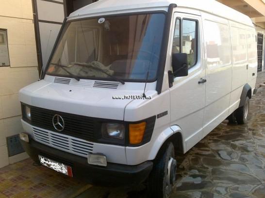 mercedes utilitaire 410 d 1990 diesel 17601 occasion nador maroc. Black Bedroom Furniture Sets. Home Design Ideas