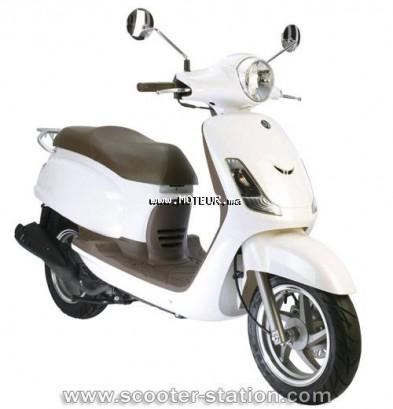 Moto au Maroc VESPA S50 50r - 126717