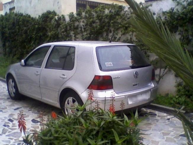 volkswagen golf 4 16v 2001 essence 10633 occasion meknes maroc. Black Bedroom Furniture Sets. Home Design Ideas
