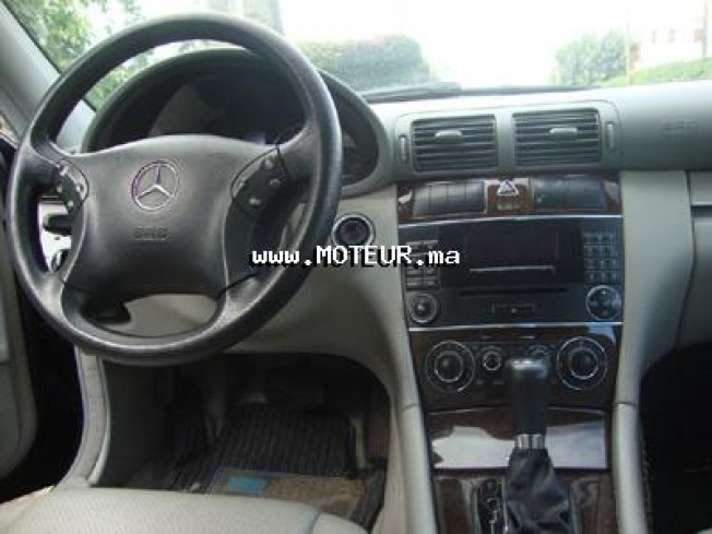 mercedes classe c 180 kompressor 2004 essence 18265 occasion casablanca maroc. Black Bedroom Furniture Sets. Home Design Ideas