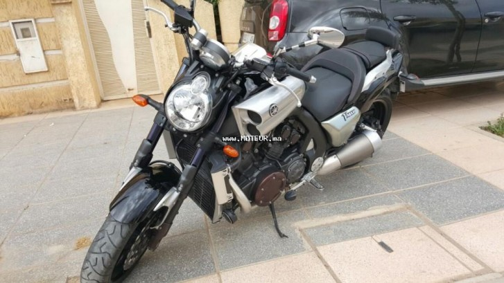 Moto au Maroc YAMAHA V max 1700 - 133701