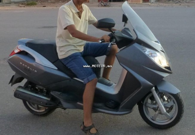 Moto au Maroc PEUGEOT Satelis 125 - 130634