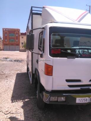 شاحنة في المغرب نيسان اوتري Furgon - 123080