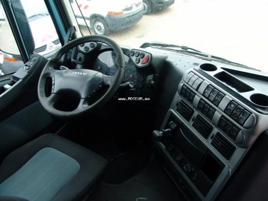 شاحنة في المغرب إفيكو ستراليس - 123117