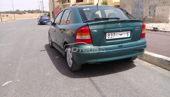 opel astra 2l automatique 2003 diesel 173264 occasion beni mellal maroc. Black Bedroom Furniture Sets. Home Design Ideas