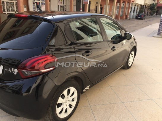 PEUGEOT 208 occasion 665805